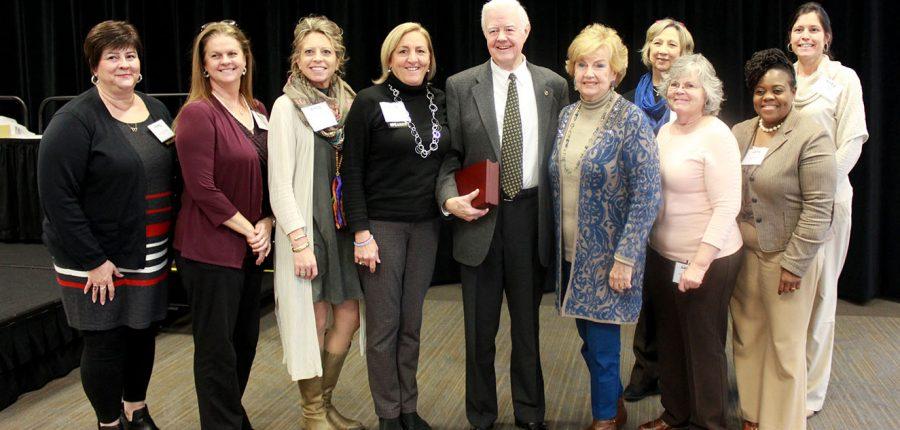 Lawrence Cutchin receives NC AHEC award